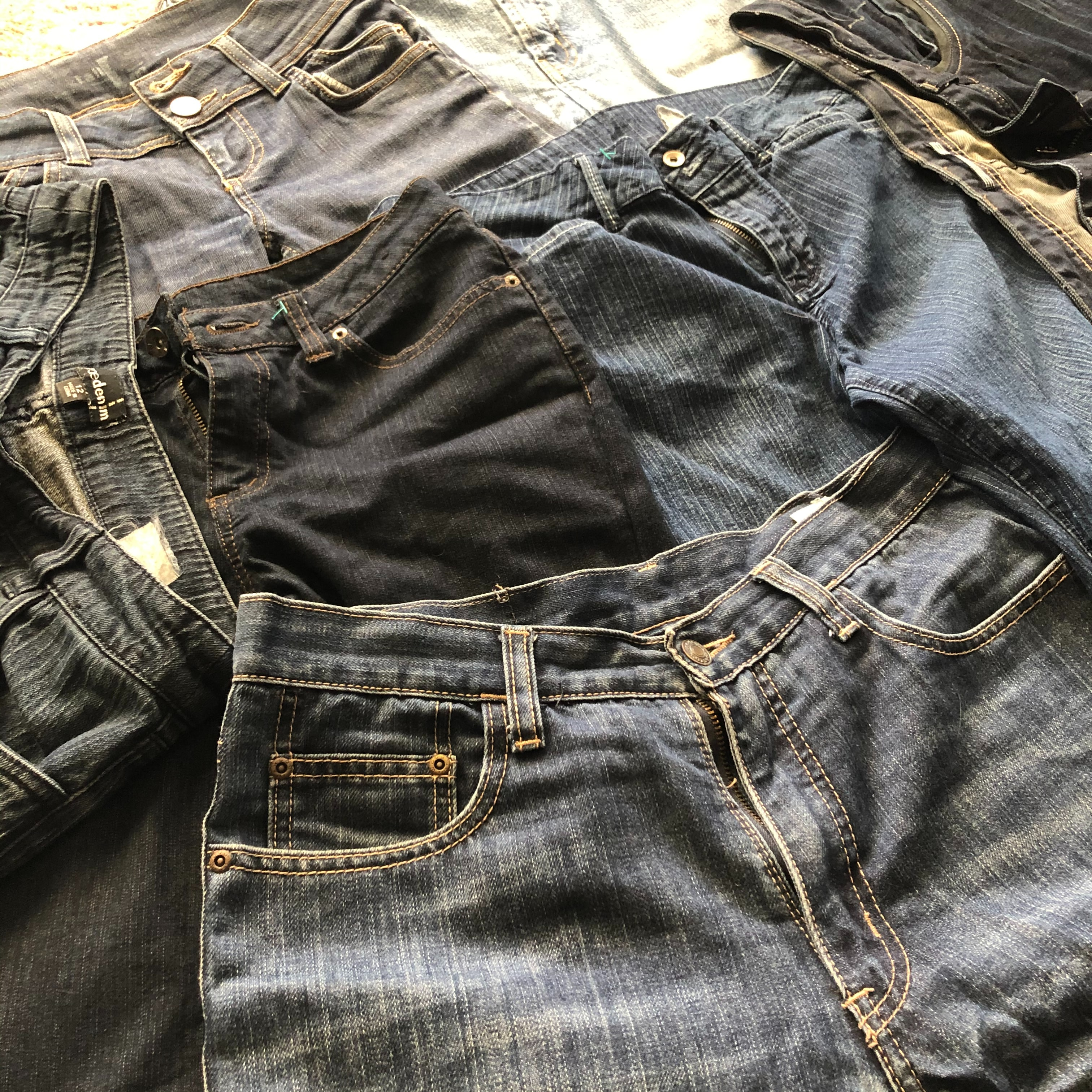 Jeans are useful to track weight loss.
