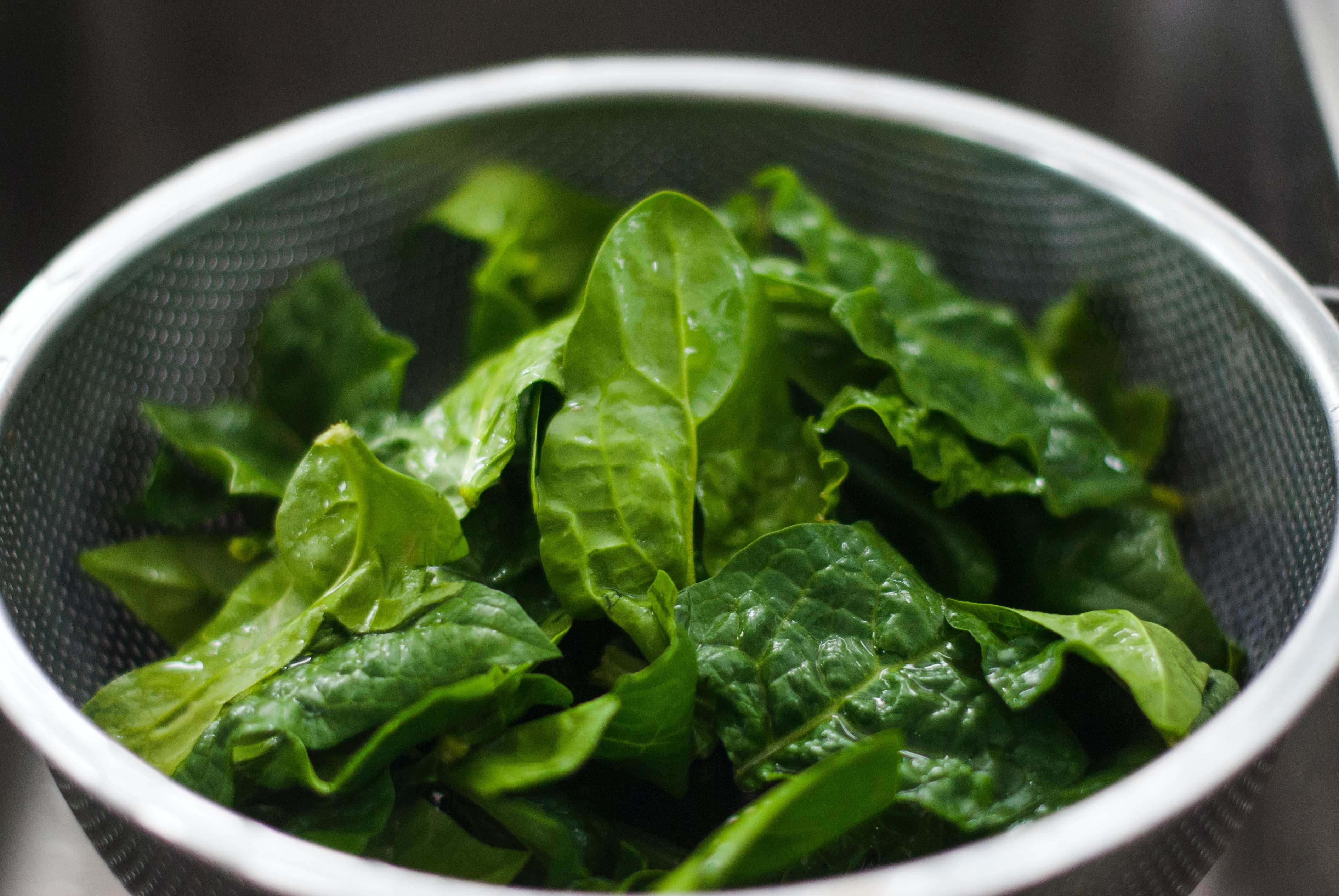 Bowl with spinach.