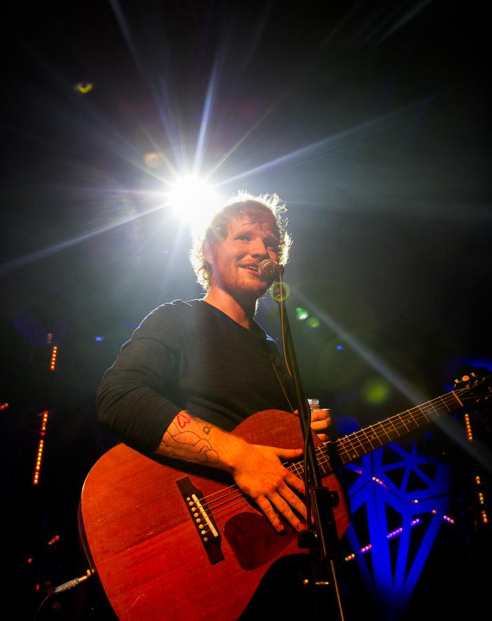 Ed Sheeran & Snow Patrol play impromtu set at Other Voices Latitude!