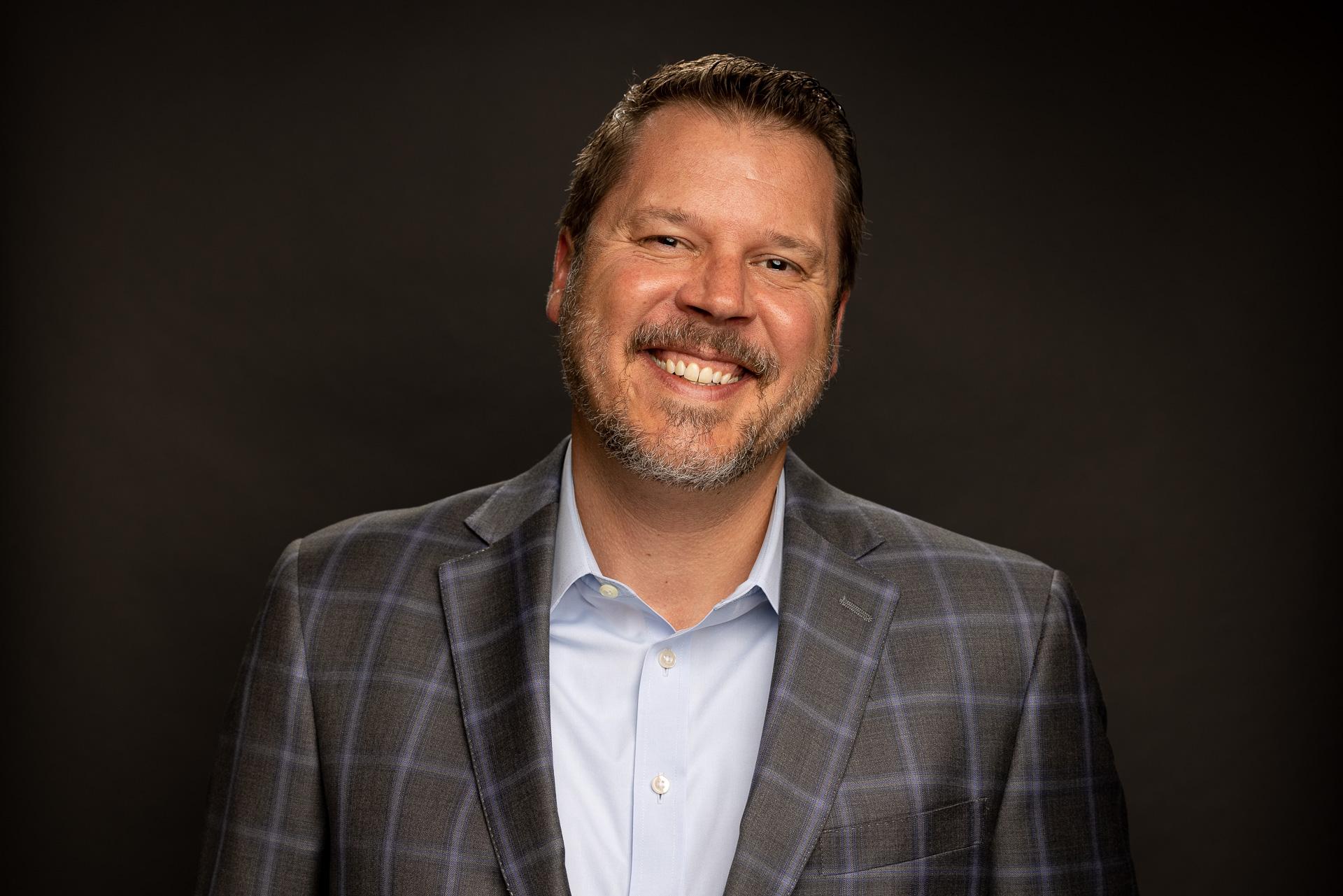 Headshot photo of Josh H. from Experis.