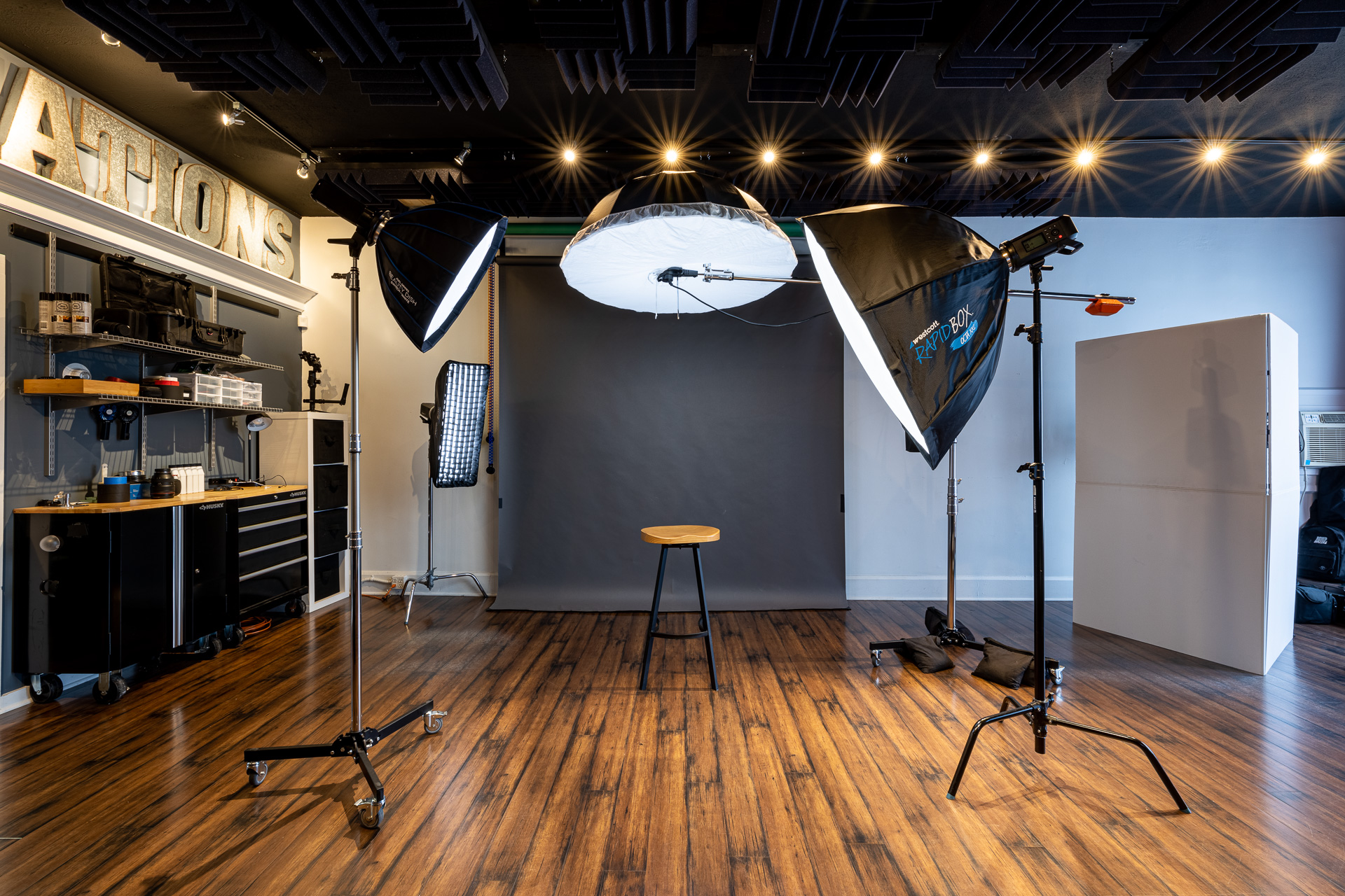 Coffy Creations studio shooting room.