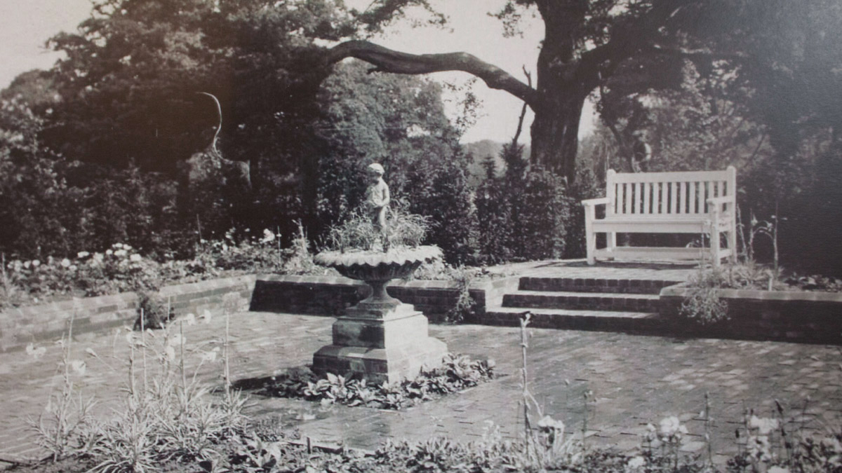 Waltham Place 110 years of memory's - Gardens