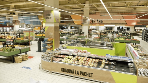 supermarket interior, cora