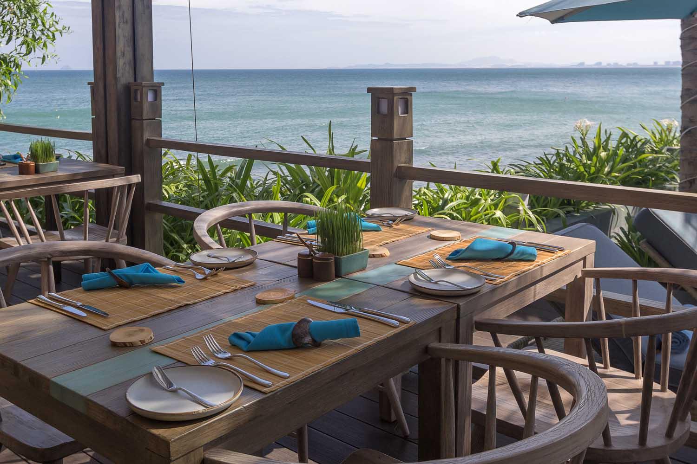 dining at mia nha trang resort - photo by Halo Digital Media - Nha trang  - hotel hotographer