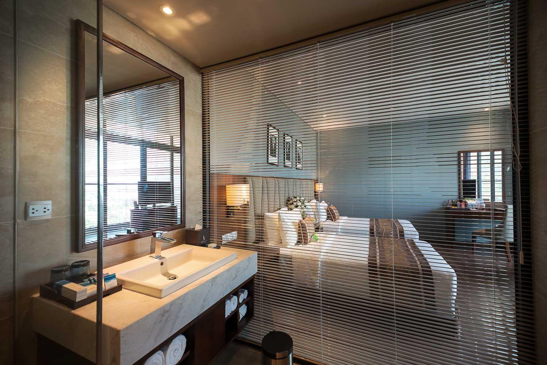 Bedroom Royal Boton Blue Hotel & Spa - Photos by Halo Digital media - Hotel & Resort Photography - Vietnam - Nha Trang