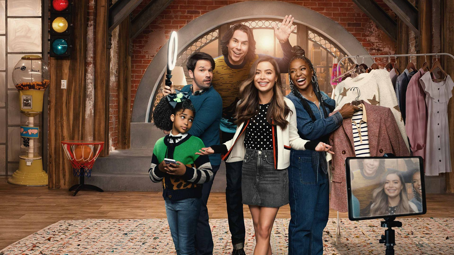 iCarly 2021 Reboot (Official Site) Watch New Series on Paramount Plus