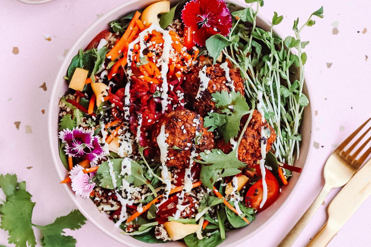 Colourful Vegan Falafel Bowl