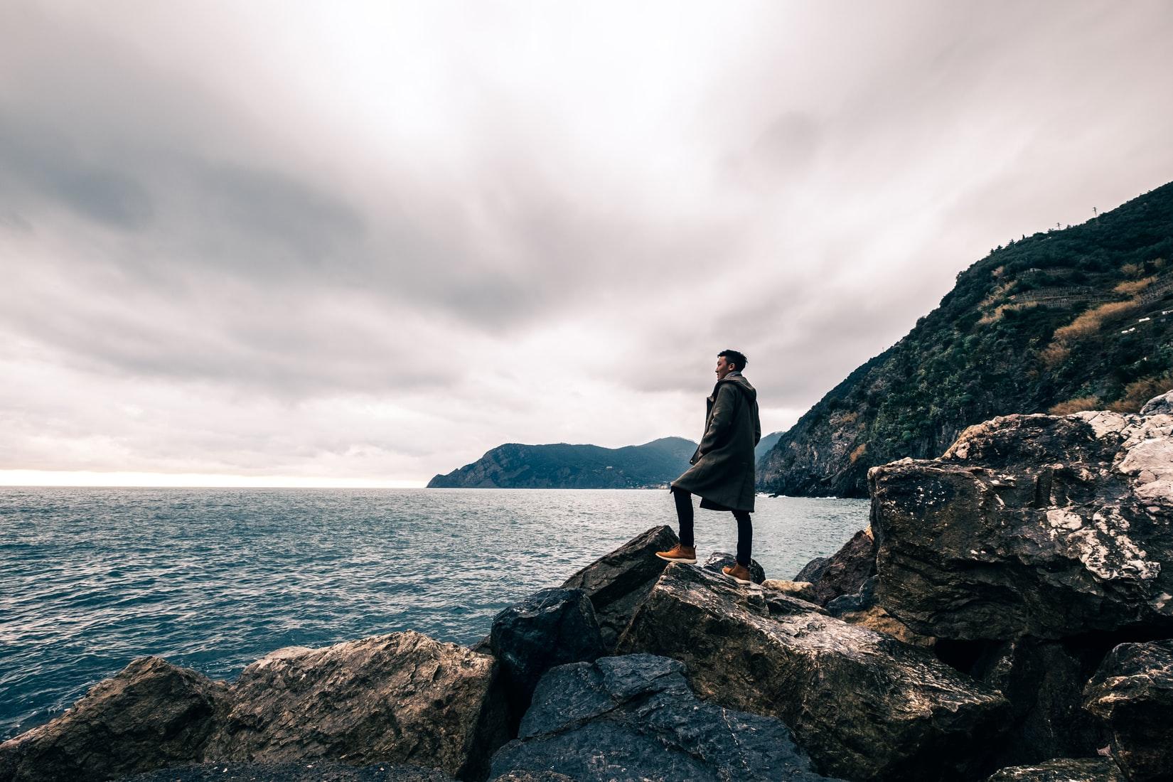 person-standing-landscape-scenery
