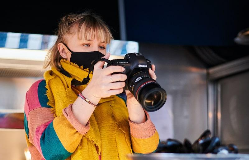 Shooting Photo - Talk