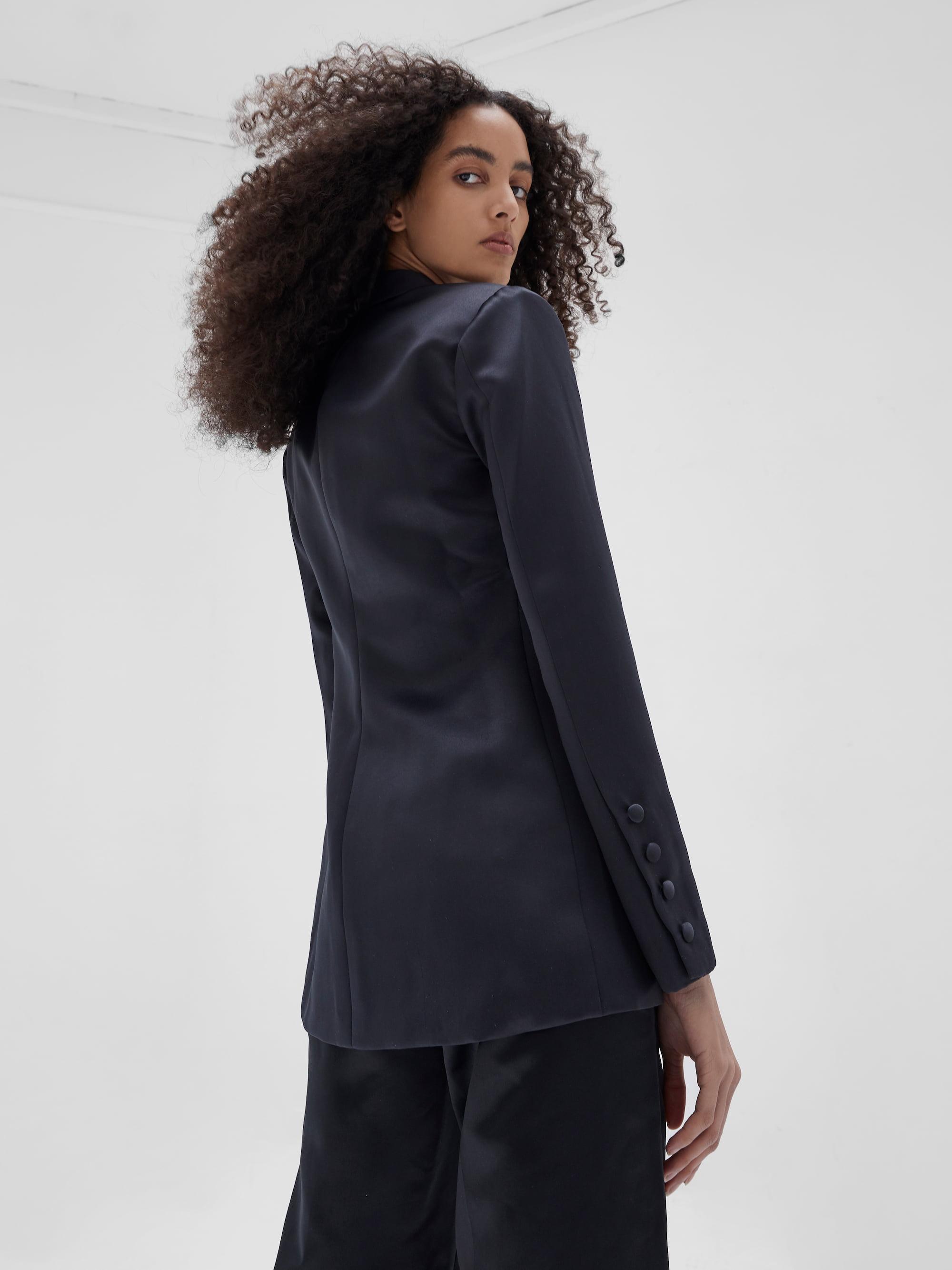 View 4 of model wearing Kamala Blazer in black.