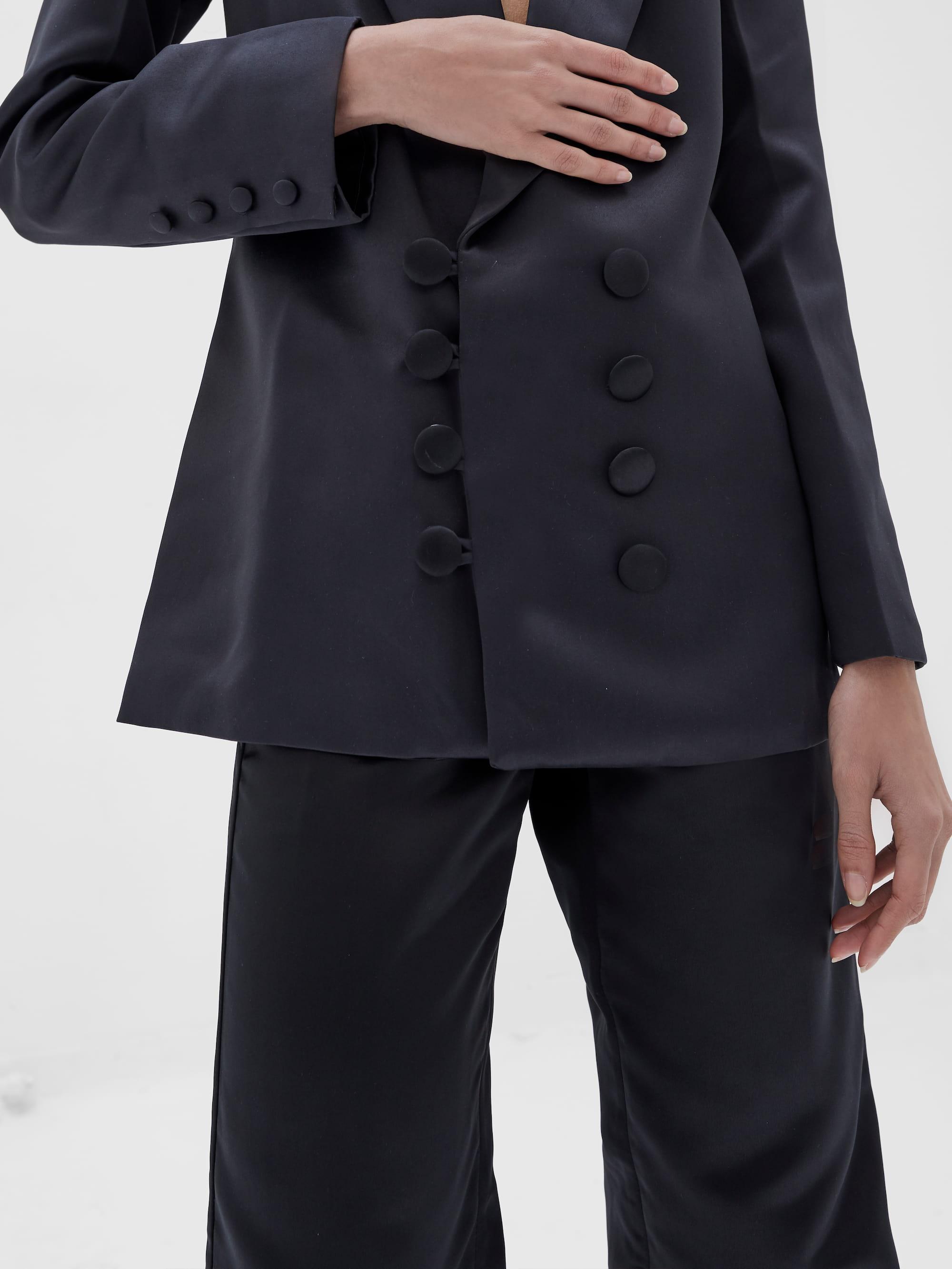View 3 of model wearing Kamala Blazer in black.