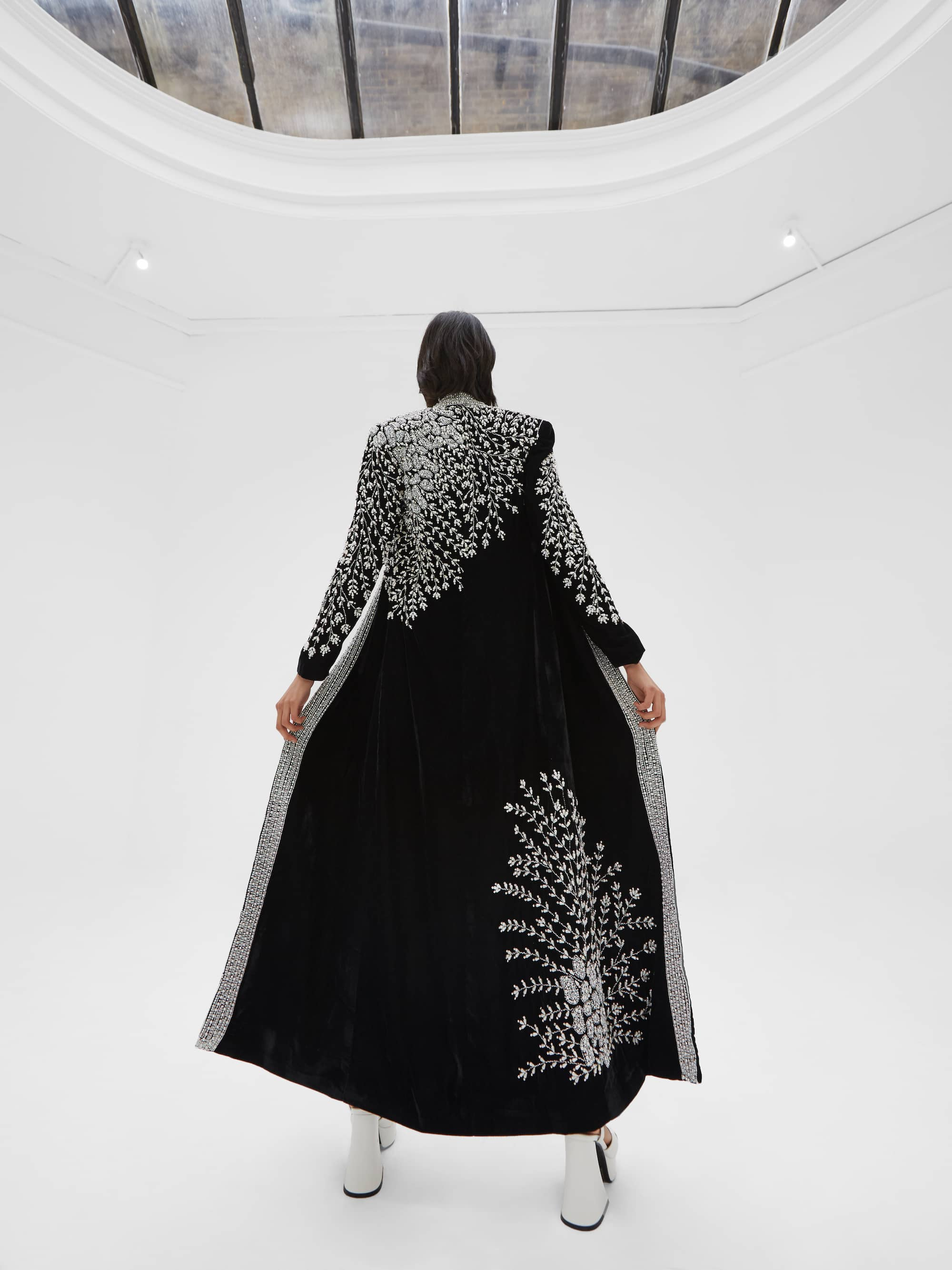 View 2 of model wearing Kamia Kimono in black.