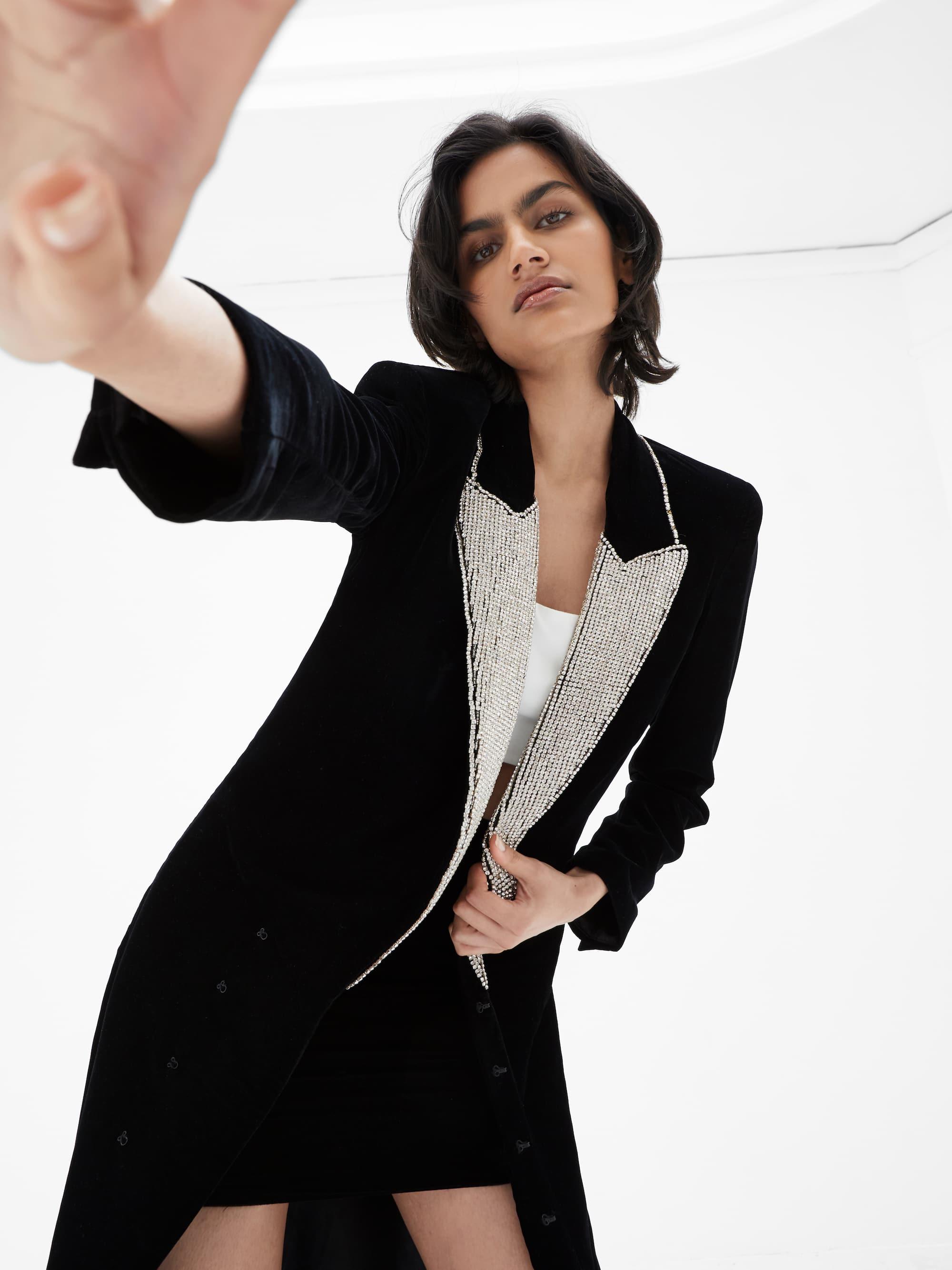 View 4 of model wearing Kalia Kimono in black.