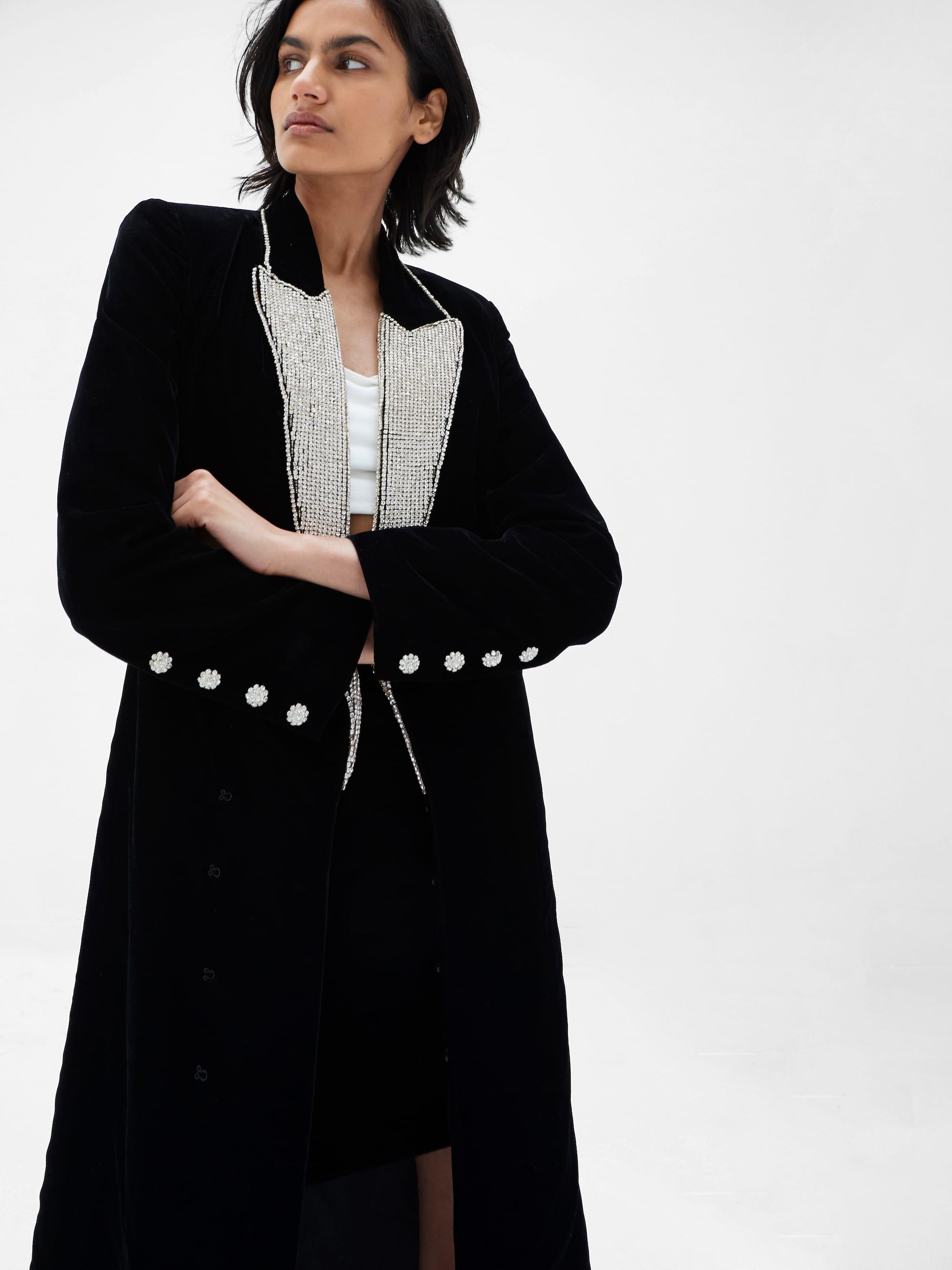 View 3 of model wearing Kalia Kimono in black.