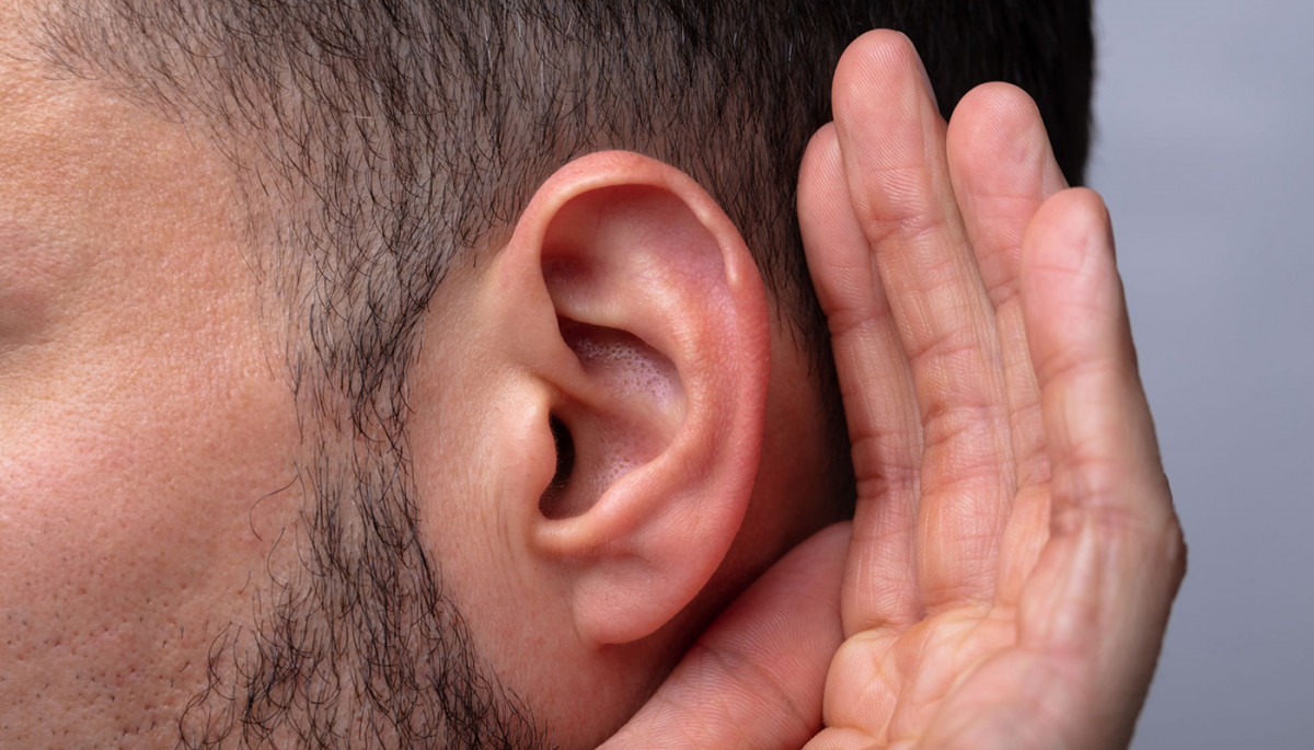 Ozone Therapy Ear Insufflation: Uses, Benefits, Side Effects, and How it's Done