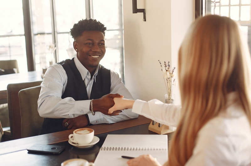 7 Tips on how to conduct interviews