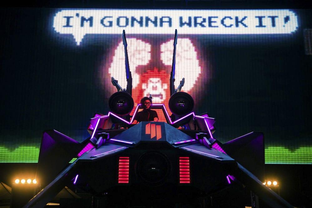 Skrillex Spaceship MK2 graphics