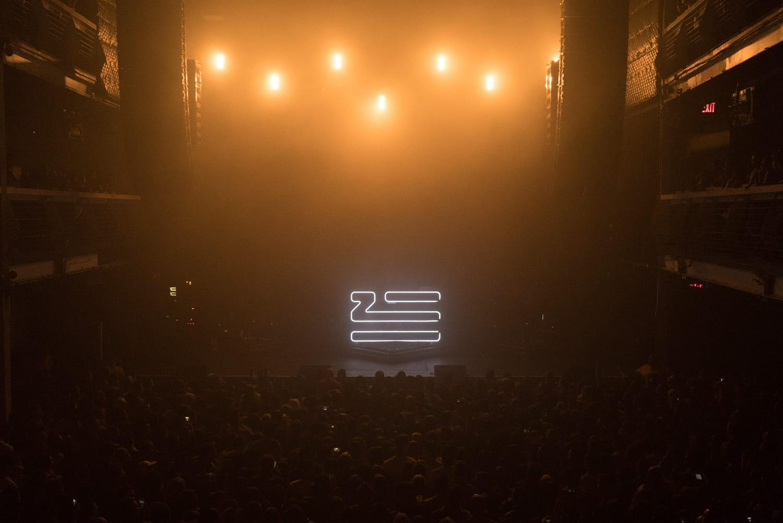 ZHU Neon City Tour  stage