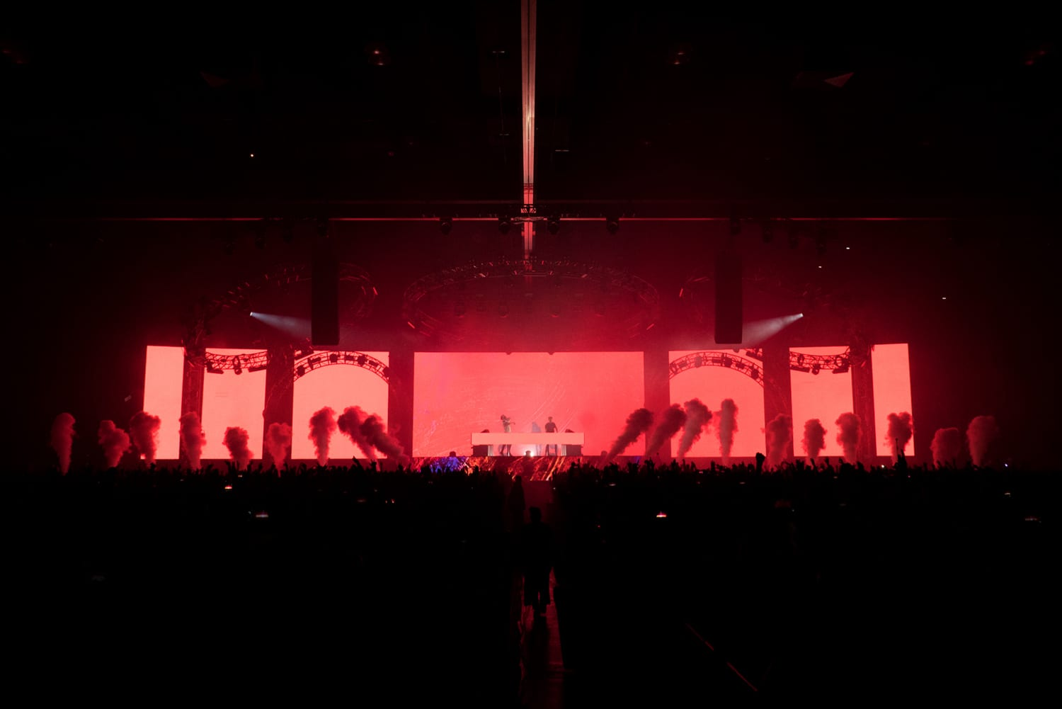 The Chainsmokers NYE stage