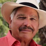 Photo of Victor Villaseñor