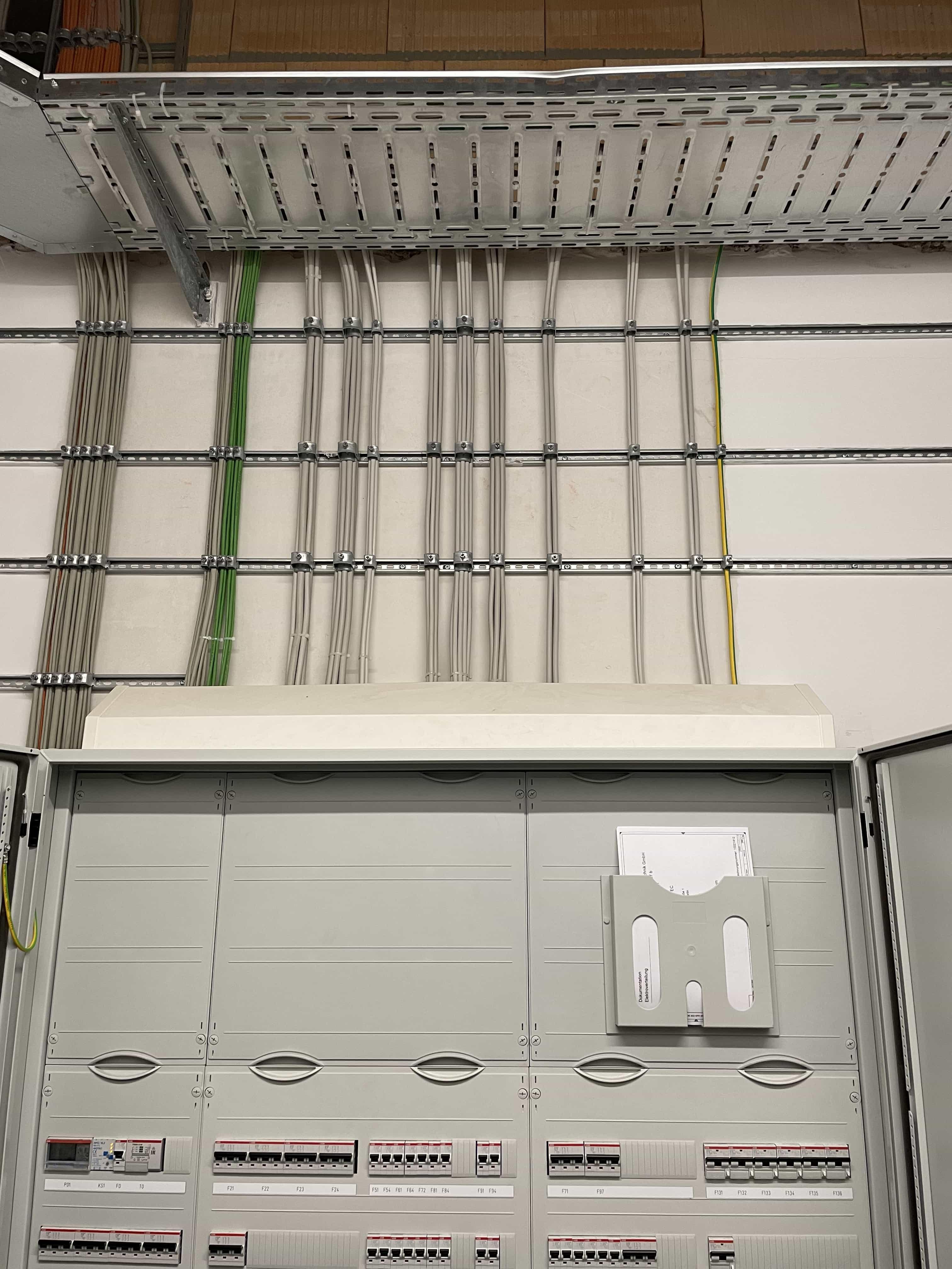 Verkabelung, Installtion und Montage einer KNX Steuerung