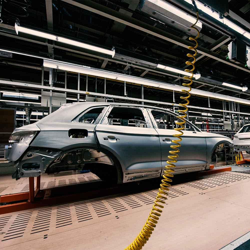 linea de producción de una fabrica automotriz