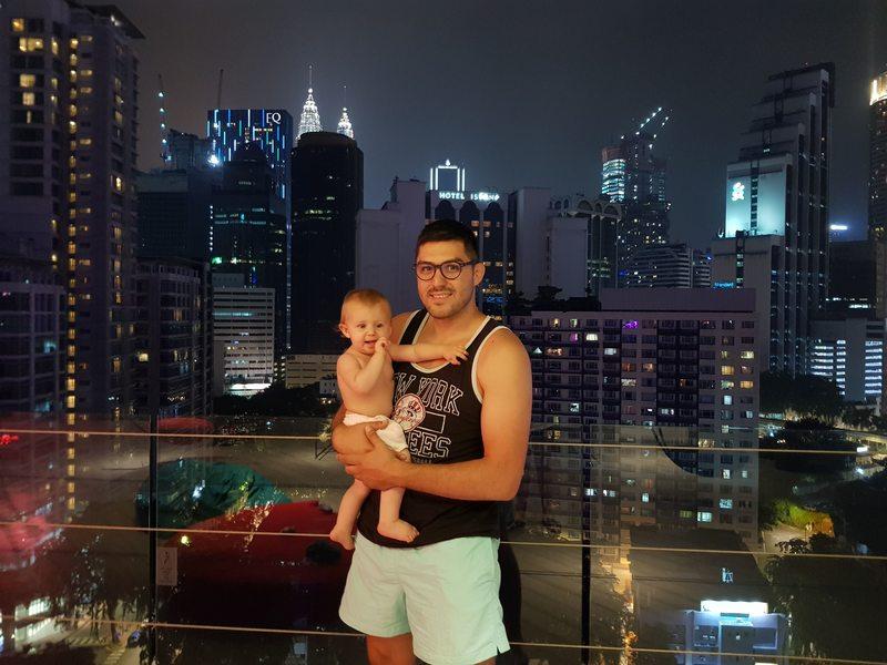 Vue depuis le toit de l'hôtel MOV à Kuala Lumpur recit voyage malaisie