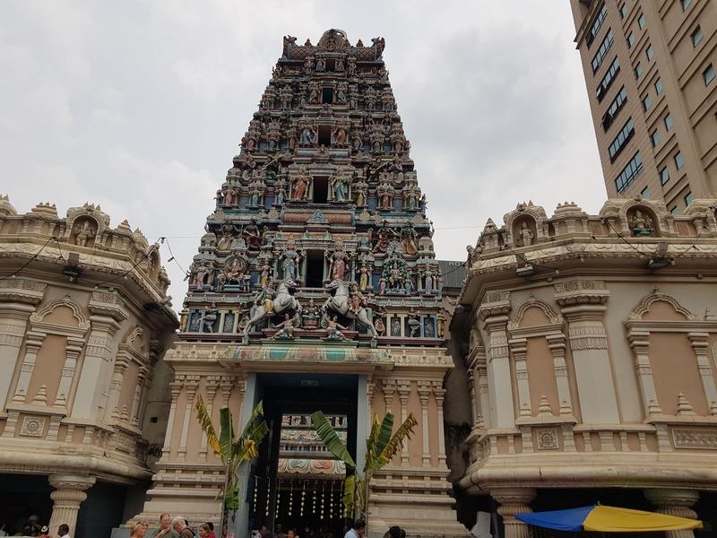 Temple Sri Mahamariamma à Kuala Lumpur recit voyage malaisie