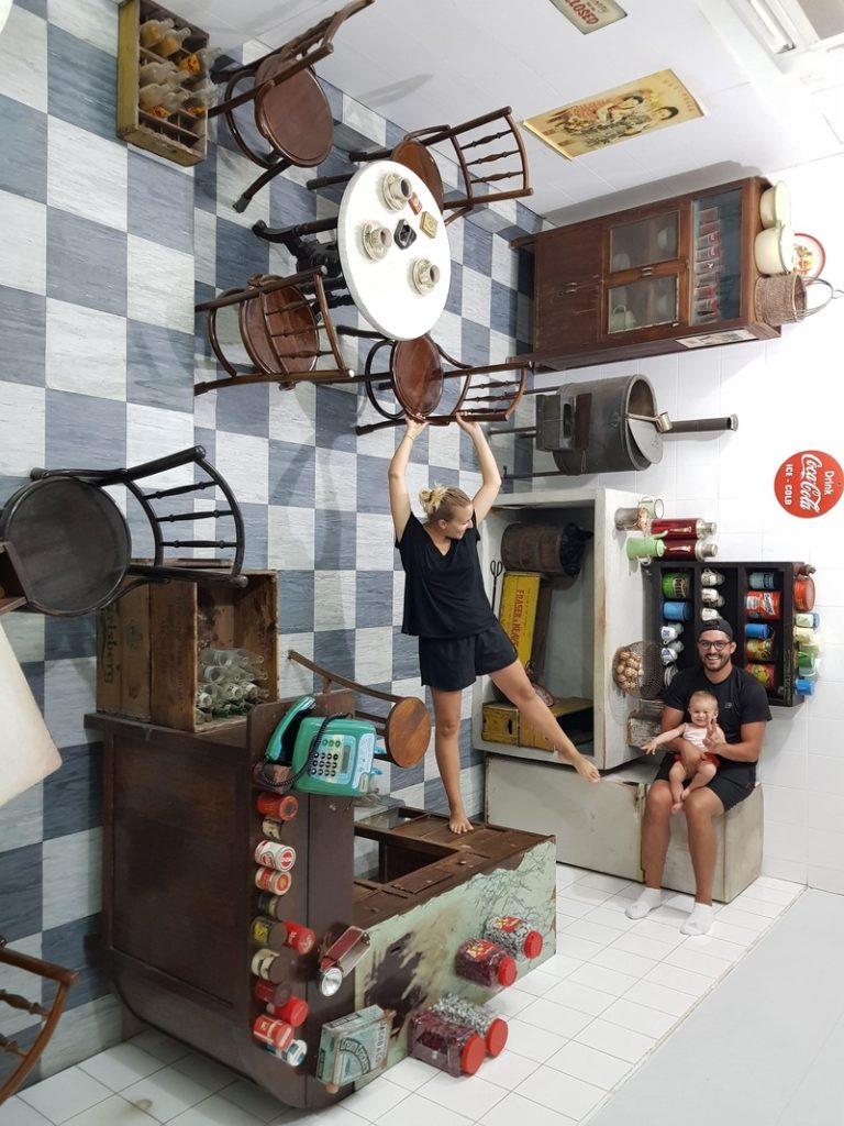 Photo prise au Upside Down Museum à Georgetown, Penang recit voyage malaisie
