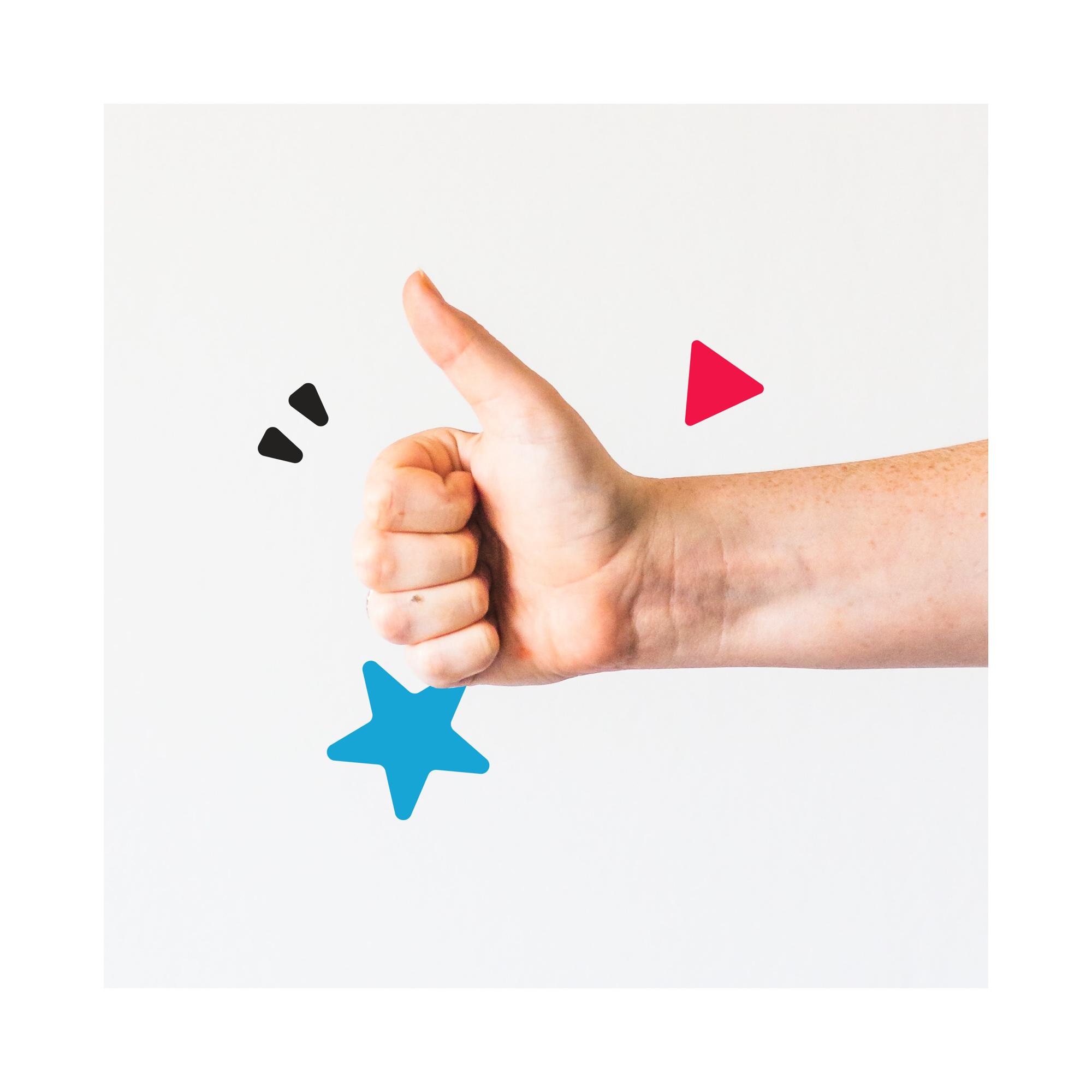 Image de main avec le pouce levé