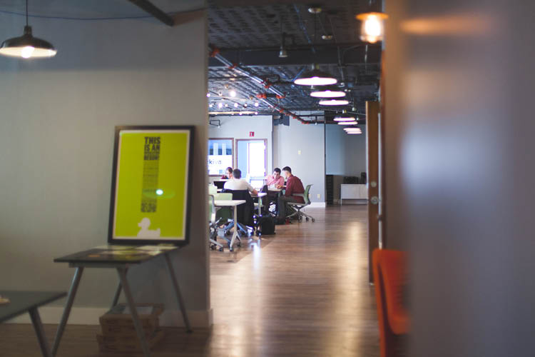 Image of shared office | commercial subleasing article