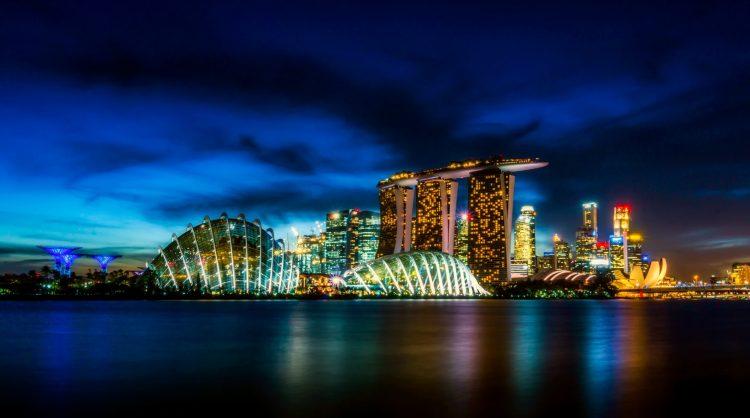 Image of Singapore's iconic Marina Bay Sands