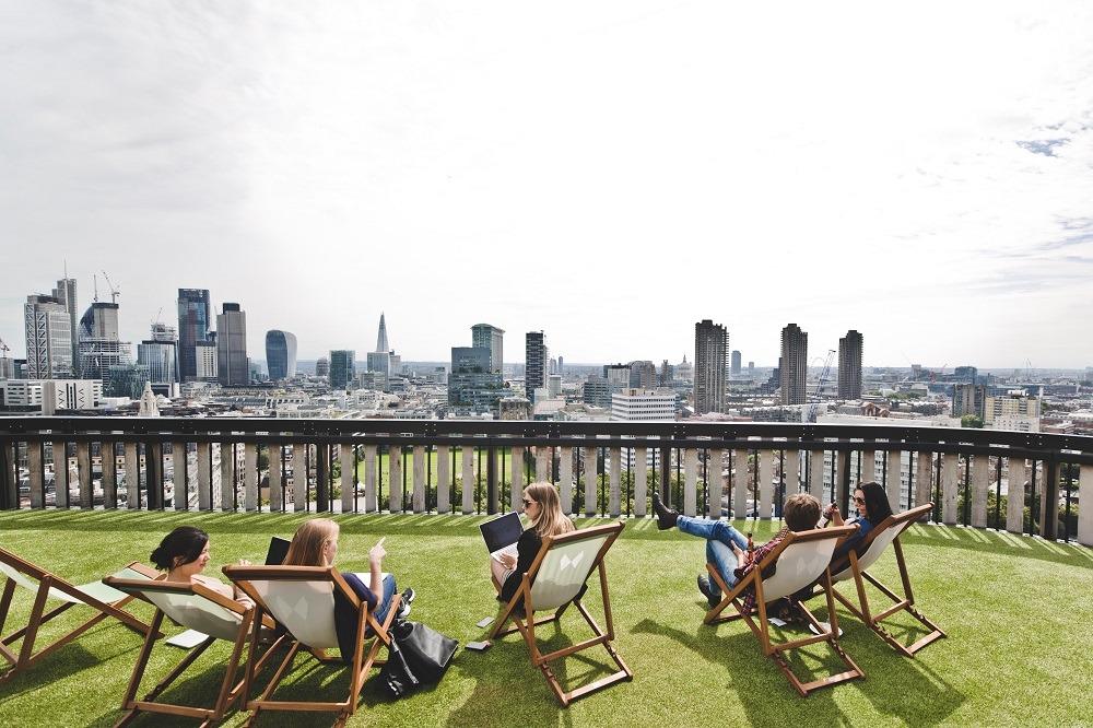 Office building design trends: Outdoor area