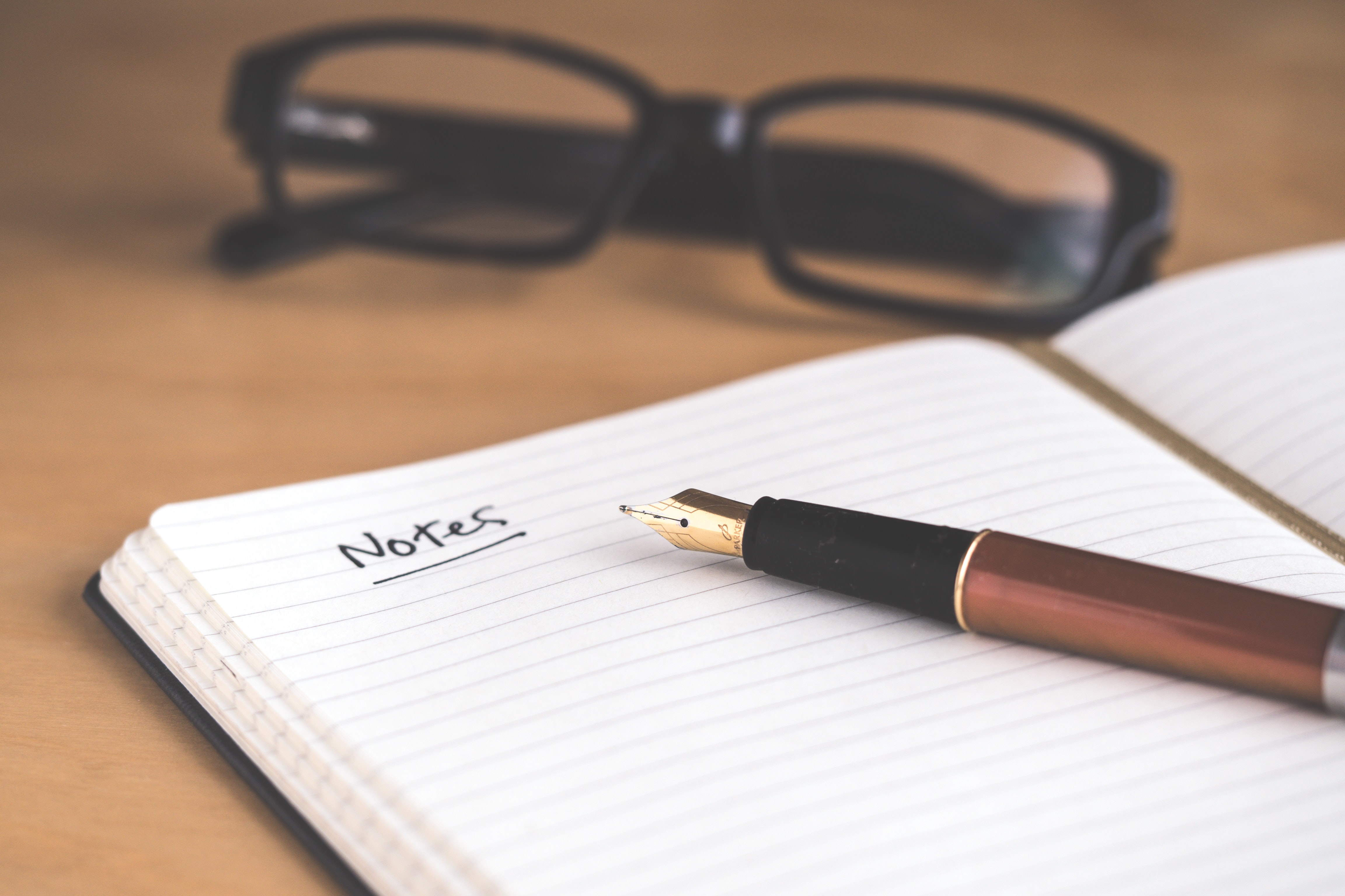 Taking notes during meetings or interviews is critical, but can be challenging. Here are 8 principles for quick and effective note-taking, including highlighting and reviewing.
