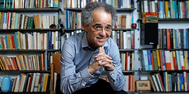 Prof. Leo Corry