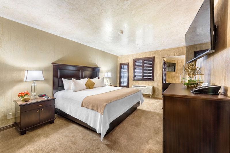 ellis island hotel king room