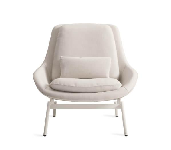 Field Lounge Chair Image