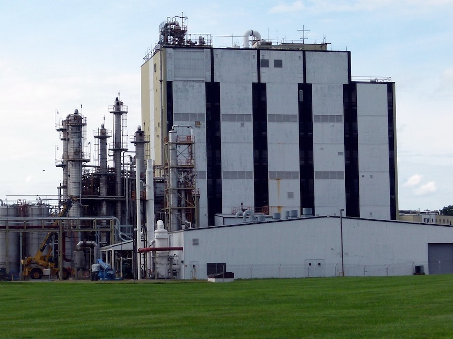 BizinBiz Contract Manufacturing facility for Specialty Chemicals in India