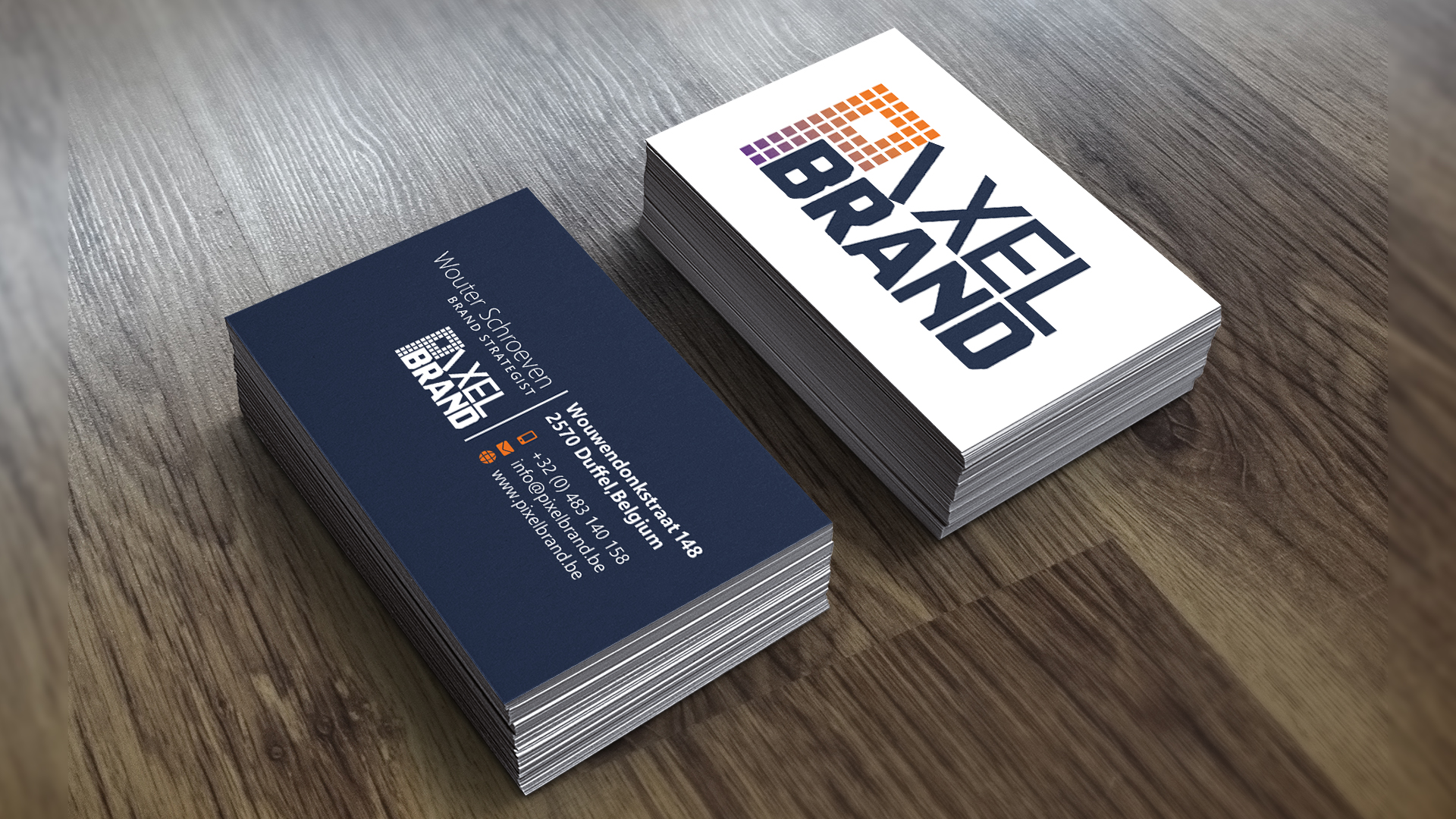 Pixel Brand's busnesscards