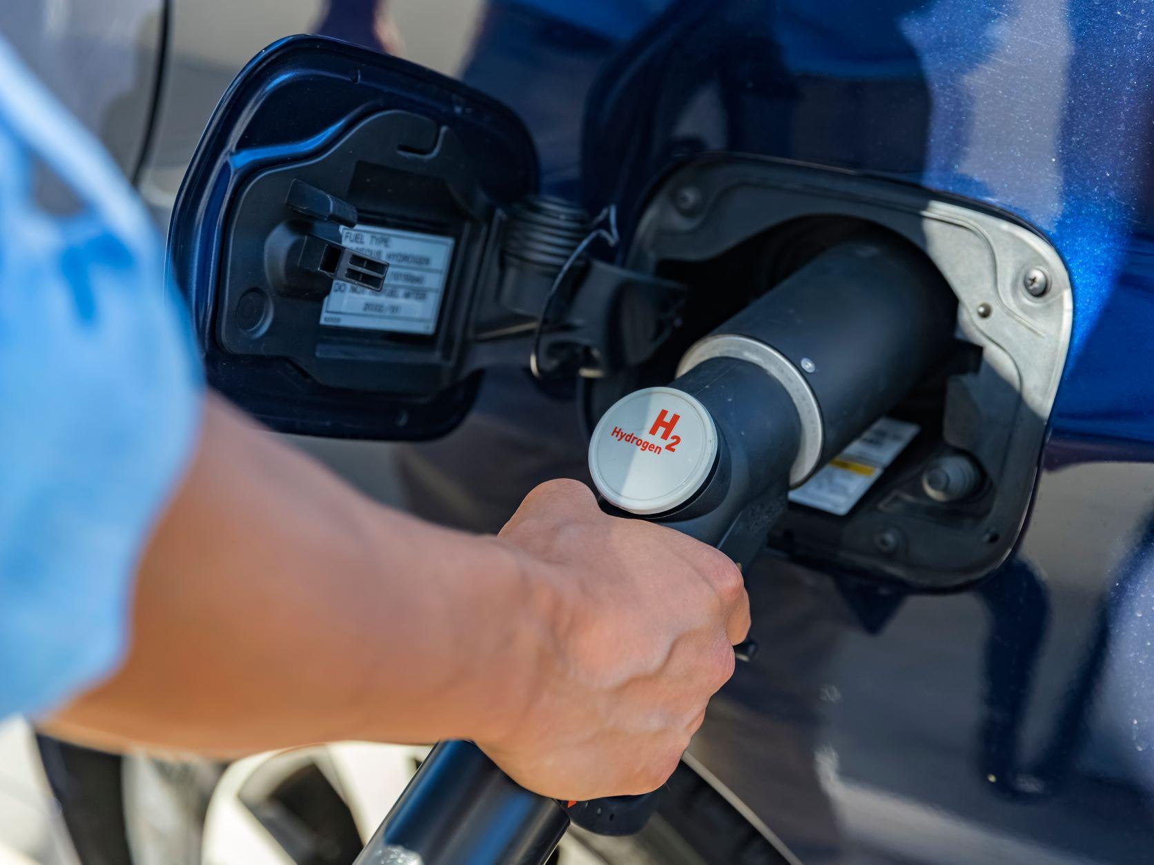 Hydrogen refuelling - hydrogen powered vehicles