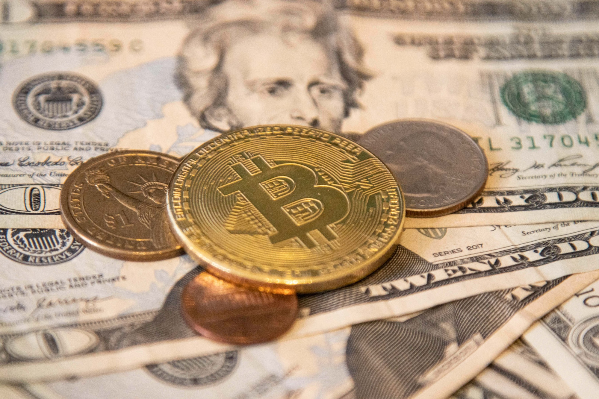 How to Buy Bitcoin (BTC): Beginner's Guide to Investing in the  Cryptocurrency - Bloomberg