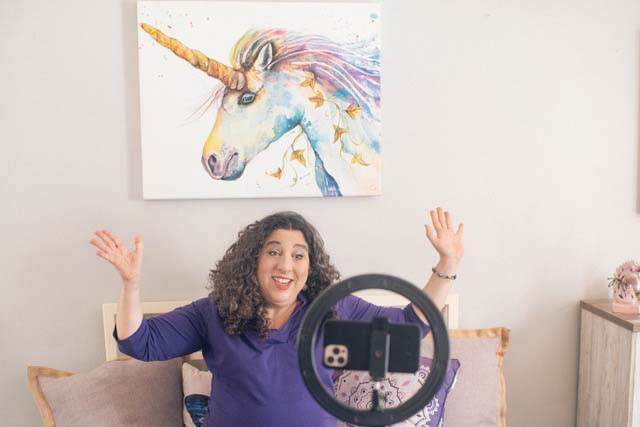 Animal Communicator Kara Udziela appears on a Facebook Live call