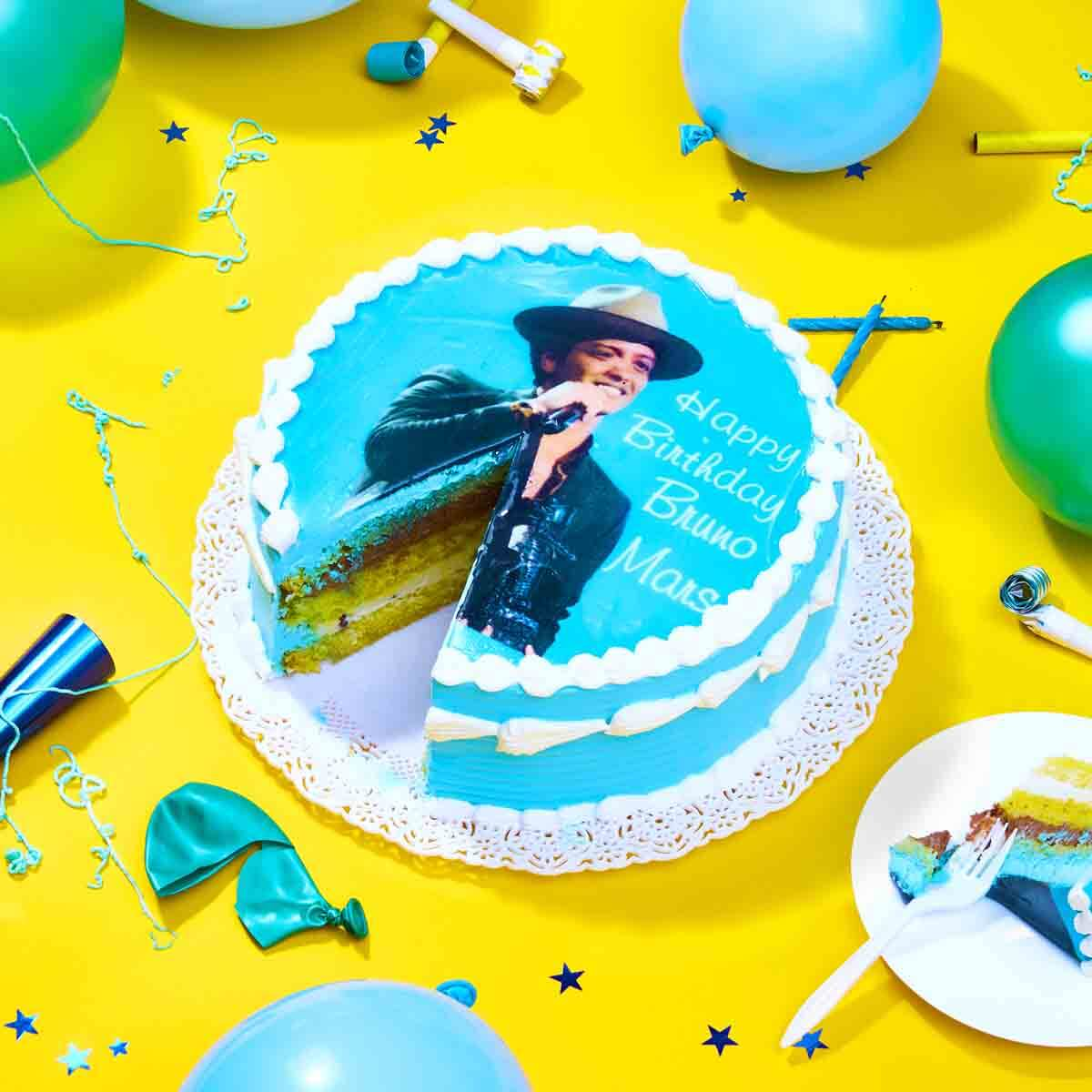Do you feel that 24k Magic in the air? Happy Birthday #BrunoMars - a @vmas @mtvema @betawards @mtvjapan & @SoulTrainMusic winner!
