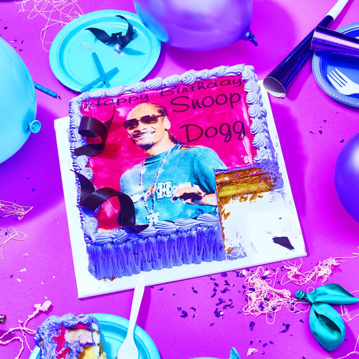 Birthday cake for Snoop Dogg!