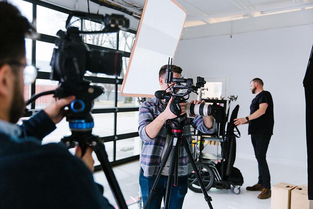 Armosa film crew
