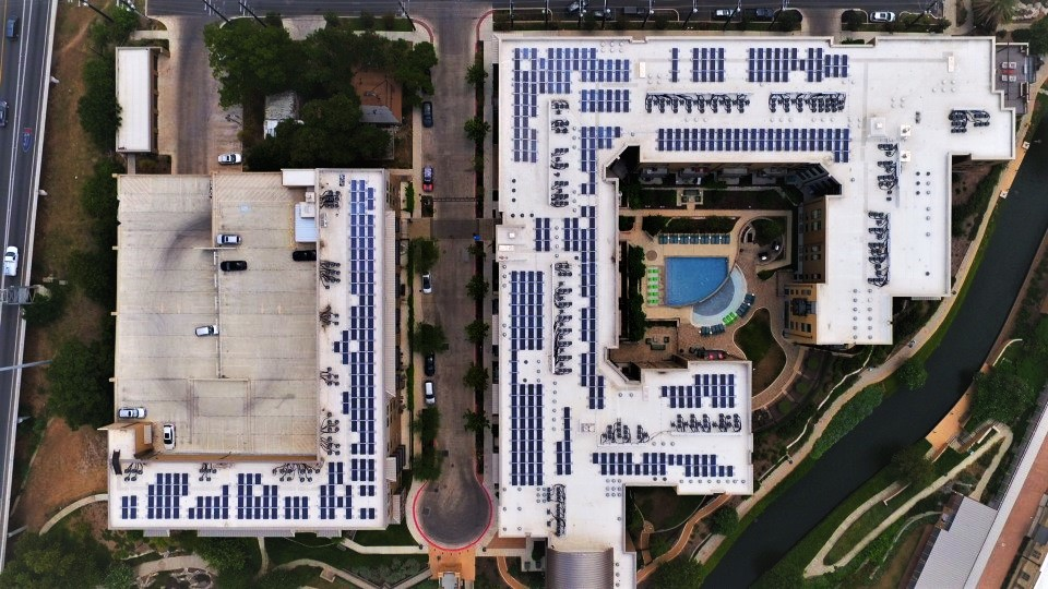 River House debuts largest solar power system for multi-family property in San Antonio