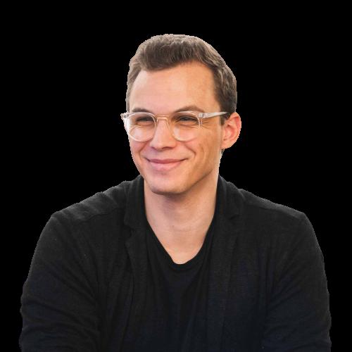 transparent profile picture of julian paul
