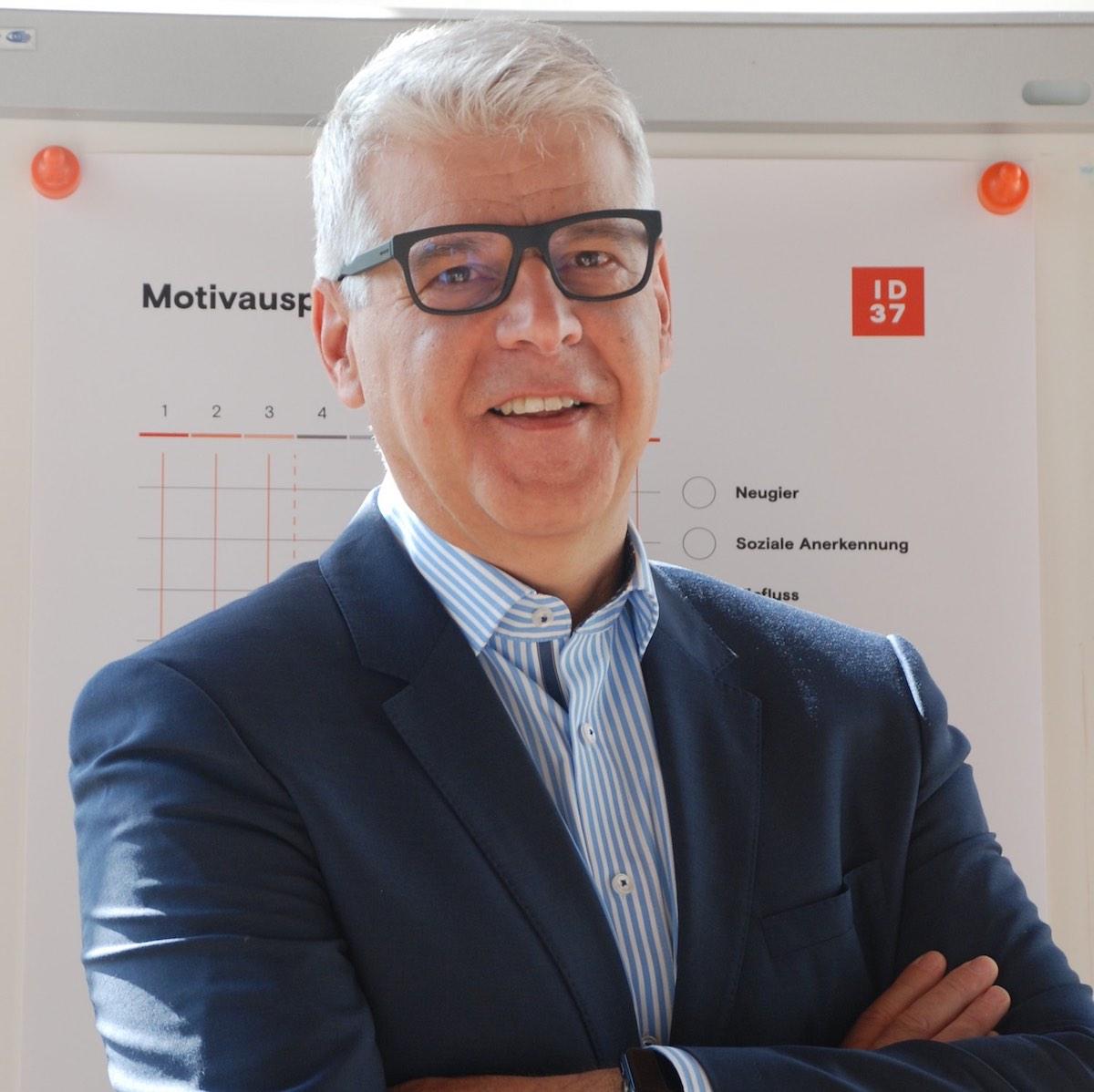 ID37 Instructor Werner Bruch