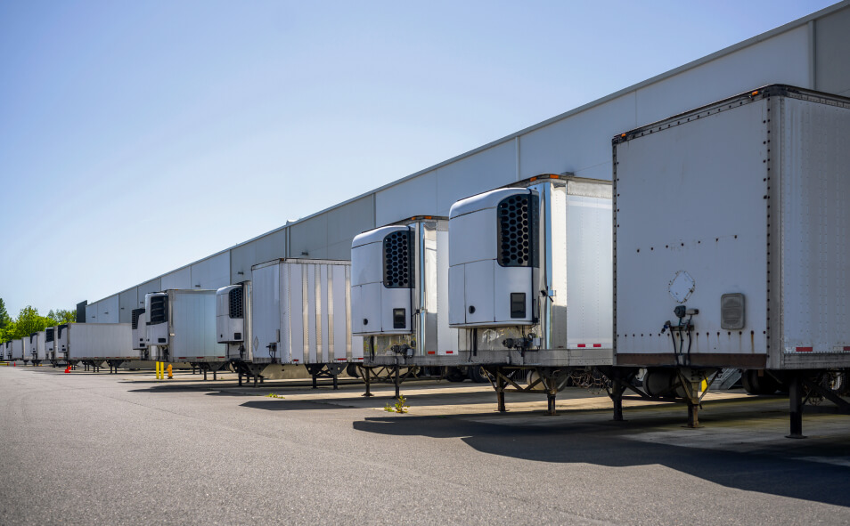 Industrial grade refrigerator and dry van semi trailers with reefer