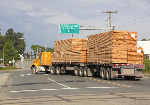 Board truck rides to USA border.